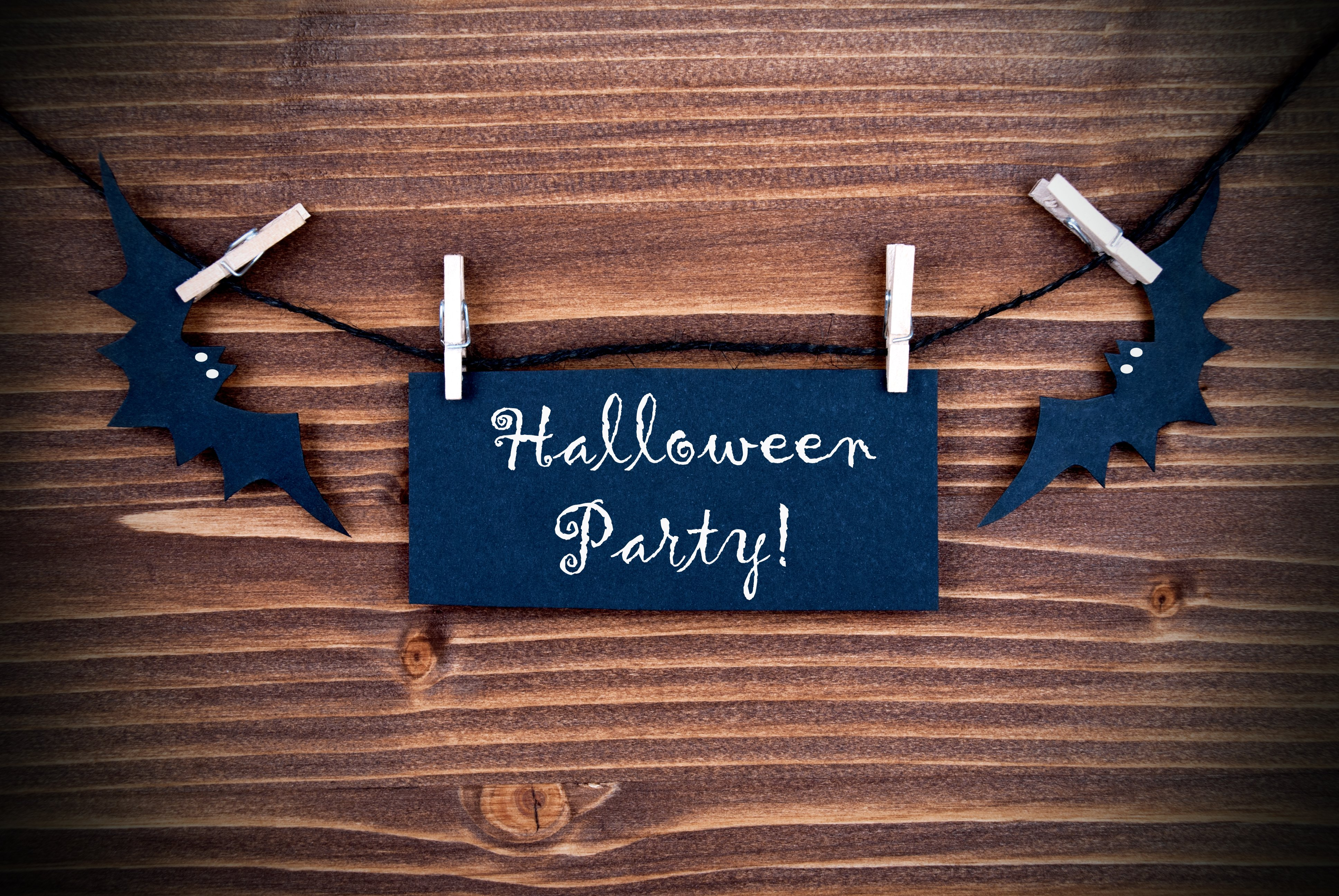 ideen f r halloween einladungen halloween party tipps. Black Bedroom Furniture Sets. Home Design Ideas